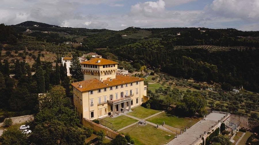Matrimonio villa di Maiano vista dall'alto - Firenze - Toscana